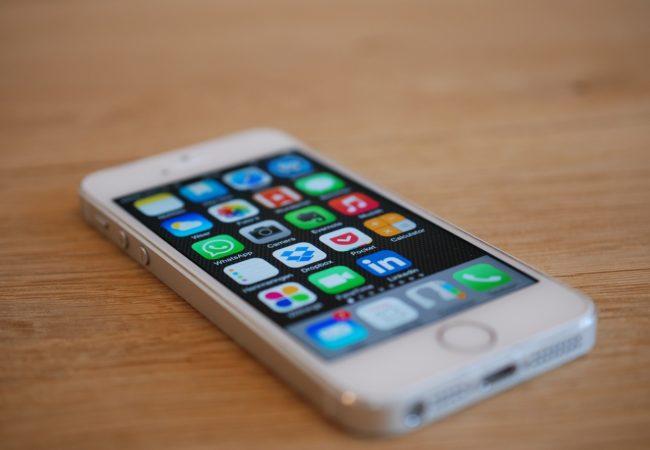 Kde koupit iPhone SE 64GB s pojištěním?