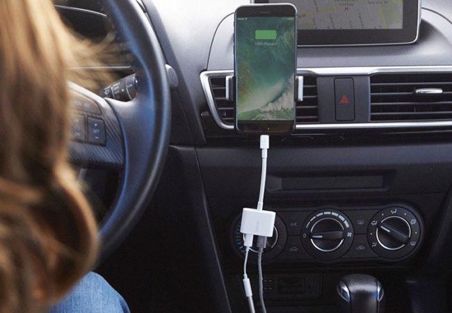 iPhone 7 (Plus) aneb posloucháme i dobíjíme současně